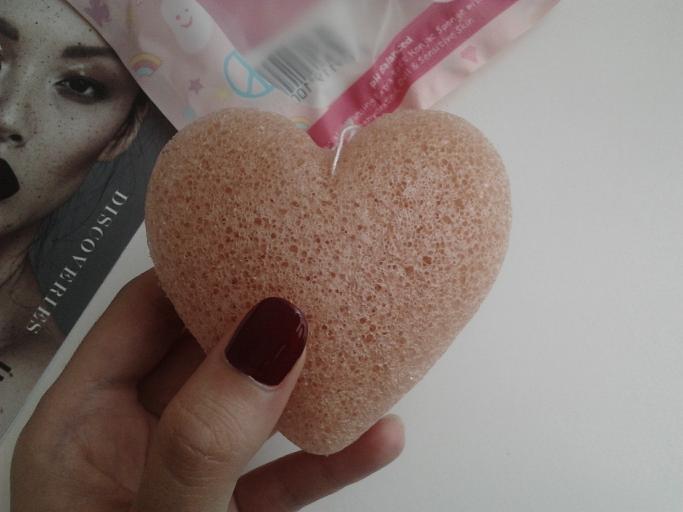 Konjac Sponge heart shaped